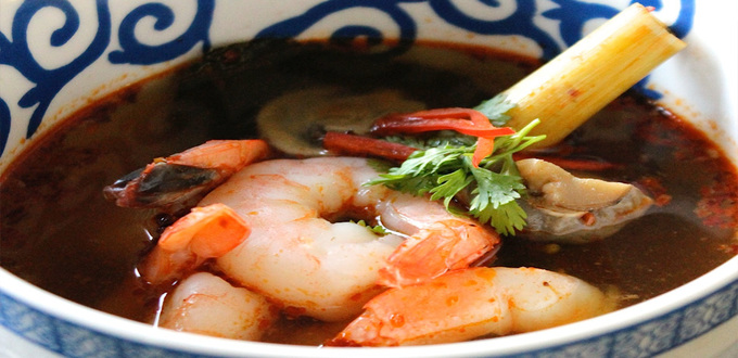 Tom Yum Goong (Hot & Sour Thai Prawn Soup)