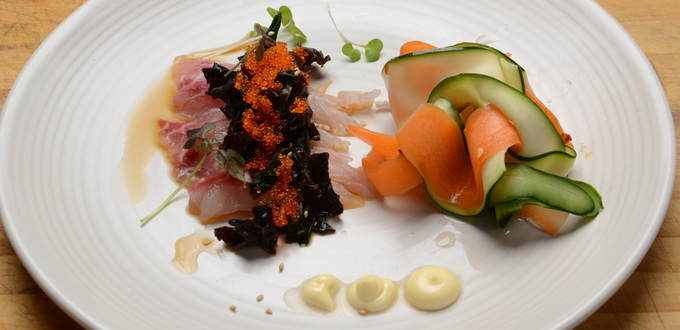 Sashimi with Wakame and Pickled Vegetables