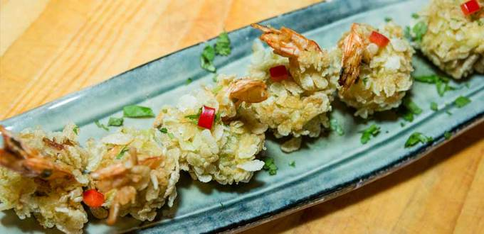 Crispy Vietnamese Prawns with Green Rice Flakes