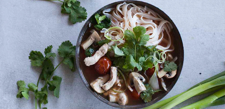 Annabel Langbein's Chicken Tom Yum