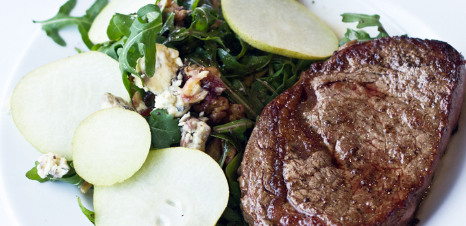 Steak with Pear, Date, Rocket and Walnut…