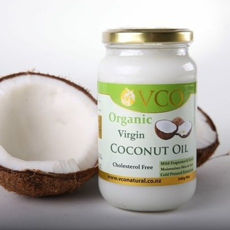 Virgin coconut oil production
